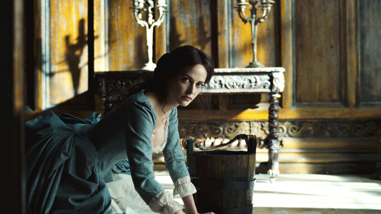 Ева Грин в роли Анжелики, Мрачные Тени
