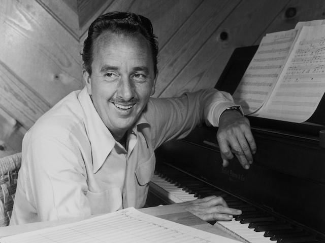 композитор Гордон Дженкинс (50е годы)
