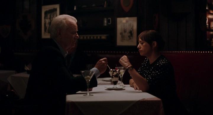 Билл Мюррей, Рашида Джонс, кадр из фильма Последняя Капля